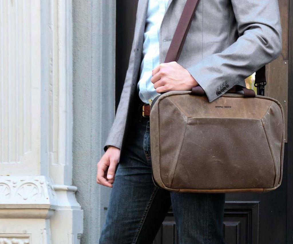 On-the-go minimalist bag