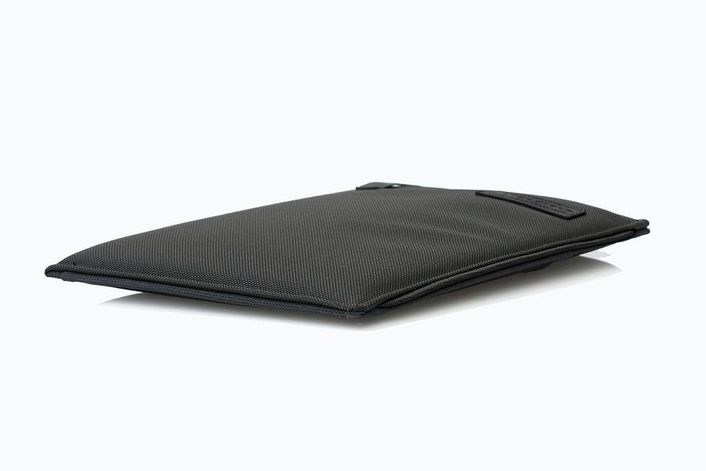Slim & light when laying flat - Black