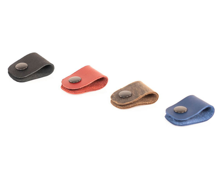 OPTIONAL: Cord Clips available in 4 colors (sold separately)