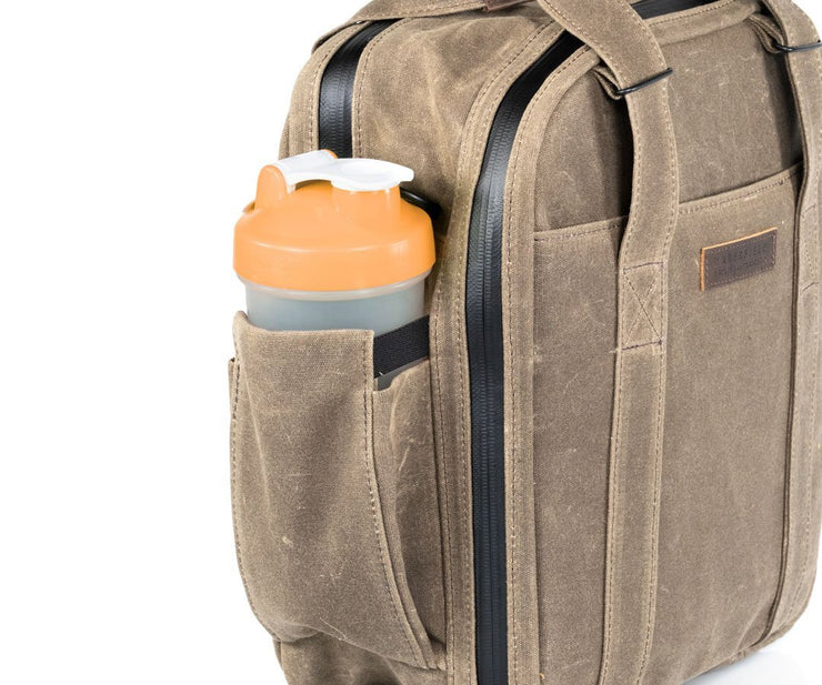 Expandable water bottle pocket