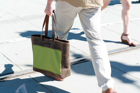 The Franklin Tote for busy commuters