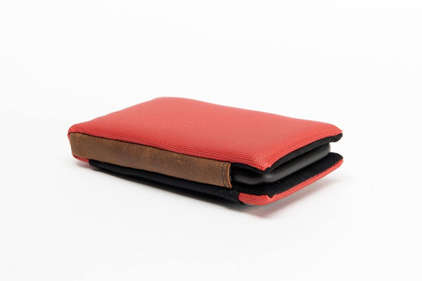 Smart Case with iPhone 6s (in Apple Leather Case) Inserted