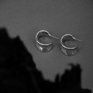 FLUID LEAF HOOPS RHODIUM PLATING