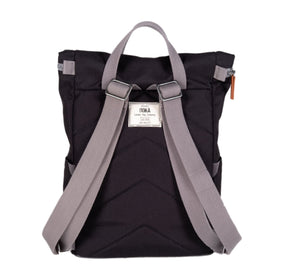 ROKA Sustainable Finchley A bag - CARBON