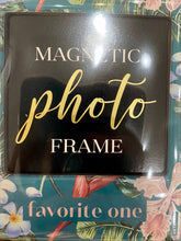 Load image into Gallery viewer, Magnetic photo frame