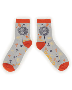 Powder Wishes & Kisses  Ankle Socks-one size