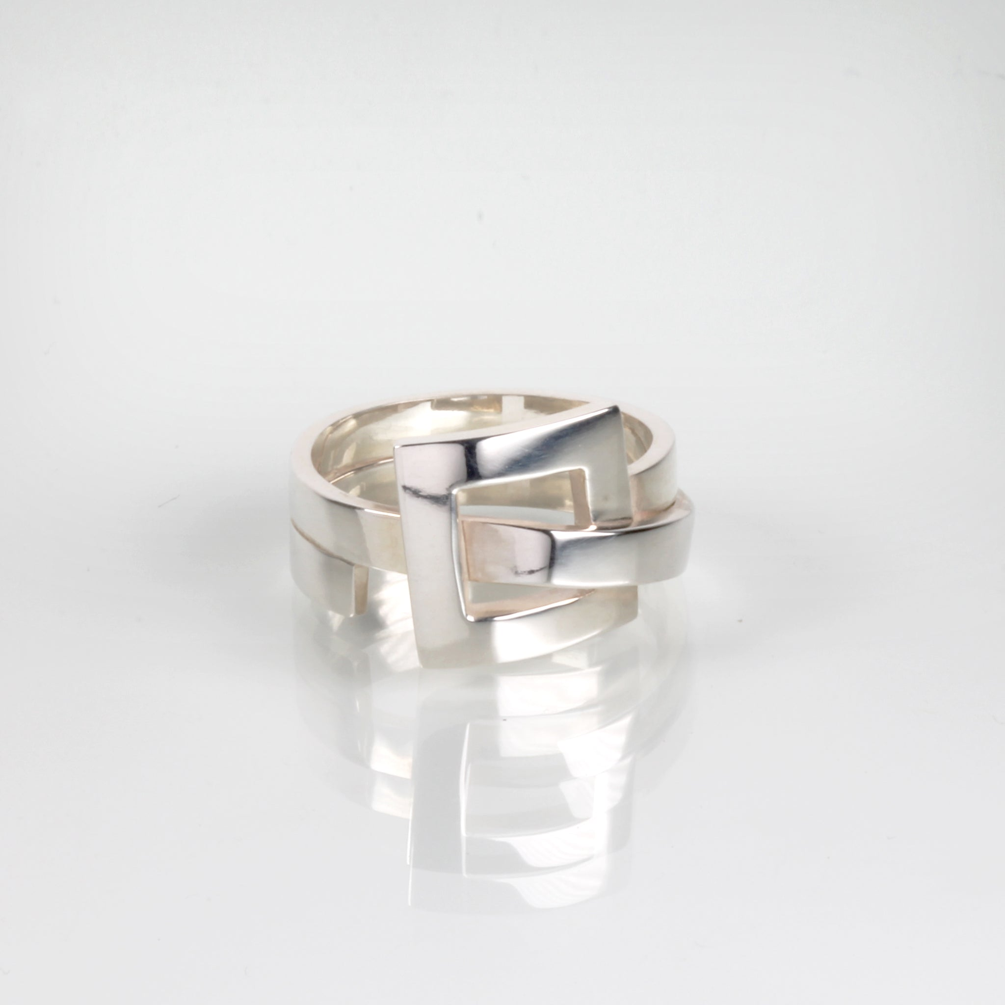 GEOMETRIC square ring