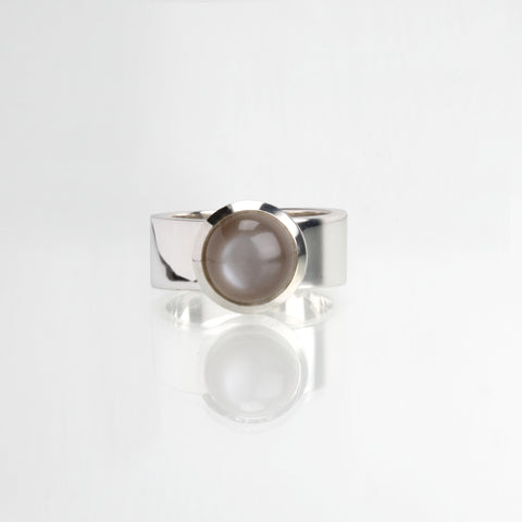 GEOMETRIC small stone ring