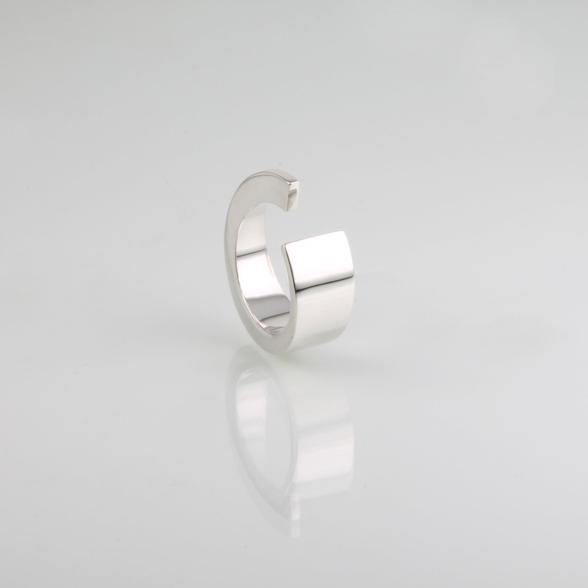 MIRROR twist ring