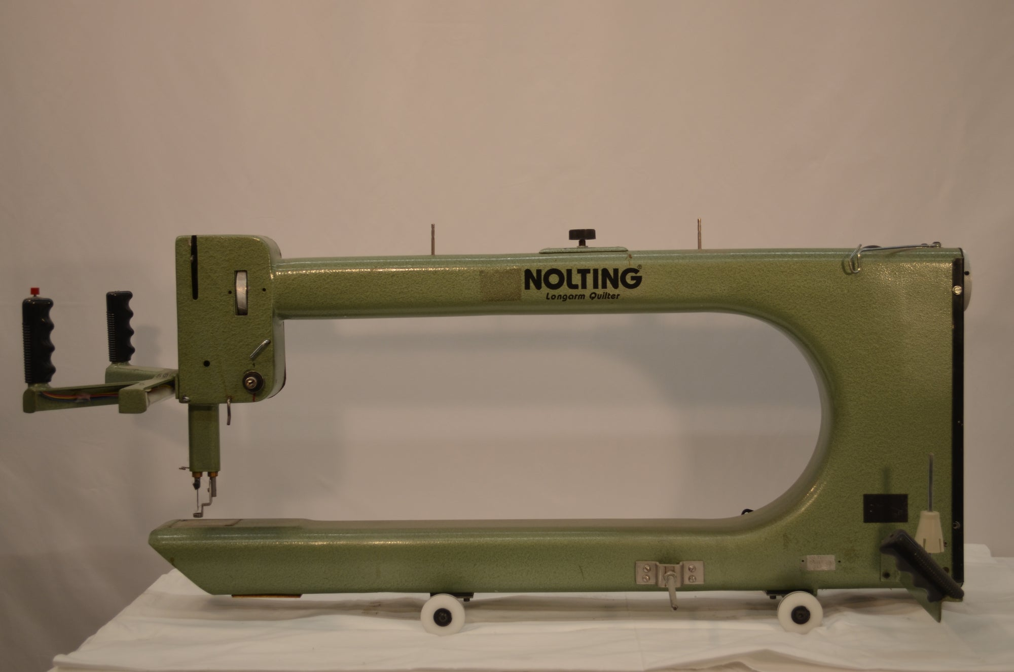 "1989 Nolting 30"" Standard (Green) L Bobbin with Wood Top Frame"