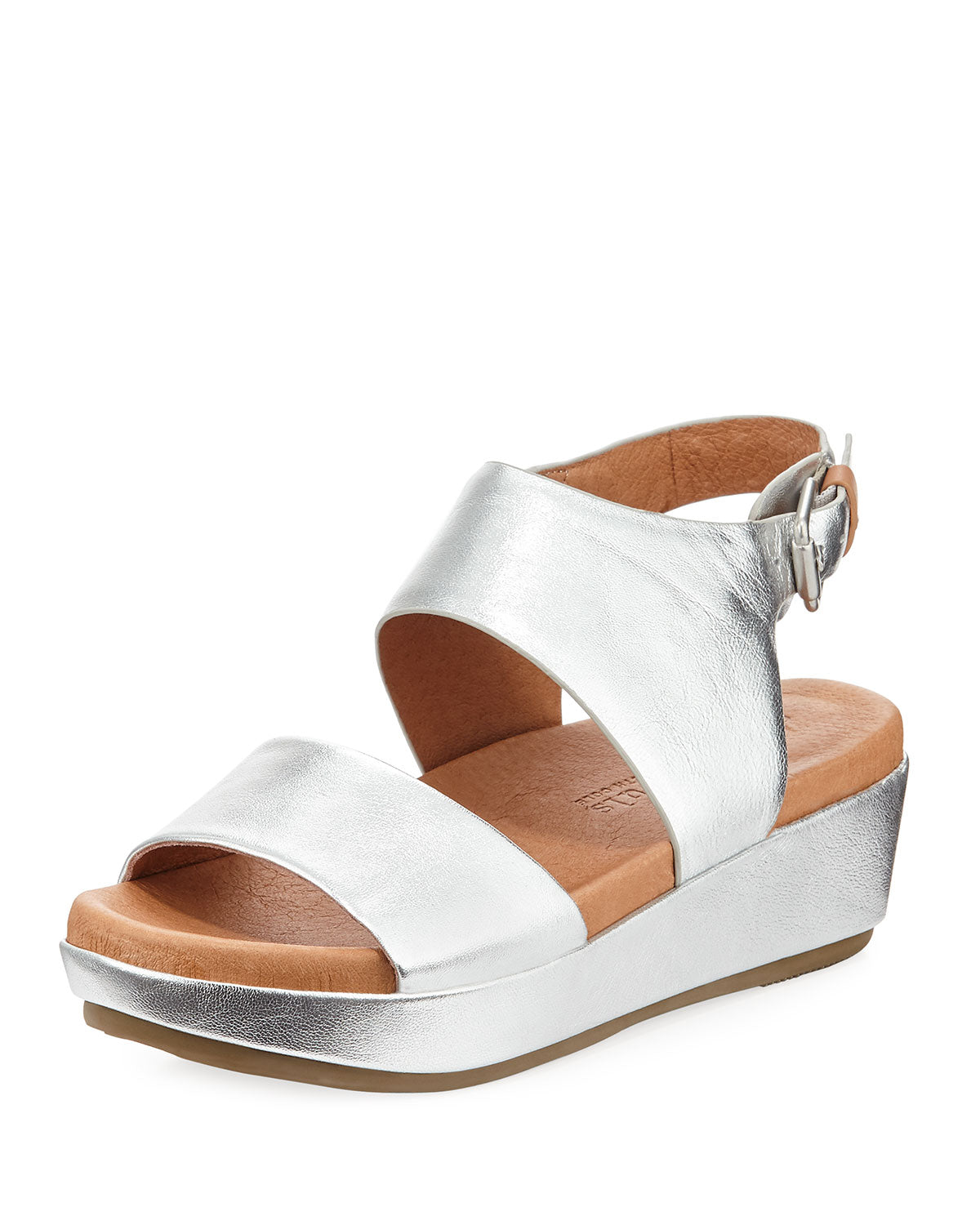 Gentle Souls by Kenneth Cole  Lori Leather Open Toe Casual Platform Sandals
