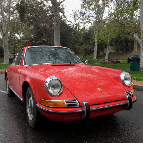 Porsche 911 - 1971 - Classic Iconic Sports Car - Picture Car