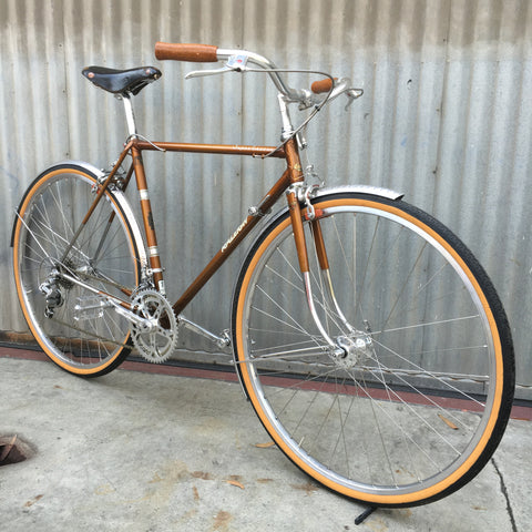 Gentlemen's City Bike - Raleigh Classic English Bike - Studio Rental