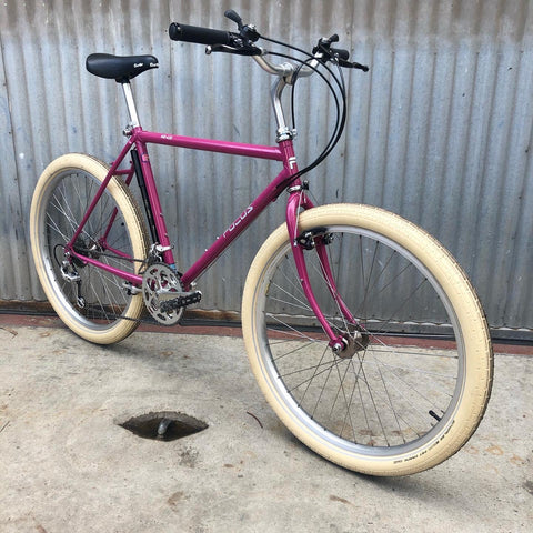 Focus MTB in Amazing Berry Color with Black Deerhead Thumb Shifters