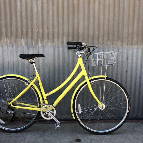 Gently Used Globe City Bike for Women - Lemon Yellow