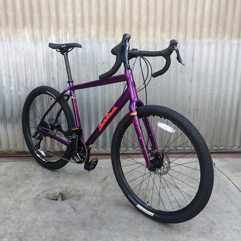 Salsa Journeyman 650b Drop-Bar Sora with Carbon Fork