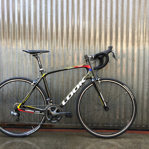 Road Bike - Very High End - Electronic Shifting - Carbon - Studio Rental