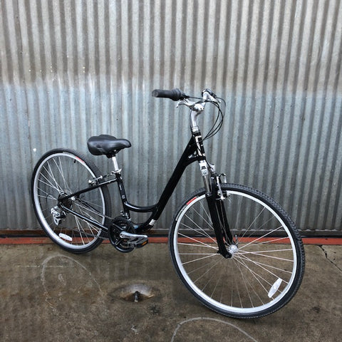 Globe City Bike in Excellent Used Condition