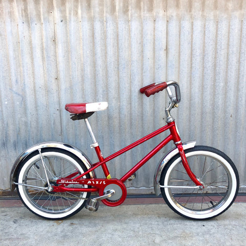 Kid's Classic Bike - Vintage Schwinn Pixie - Studio Rental
