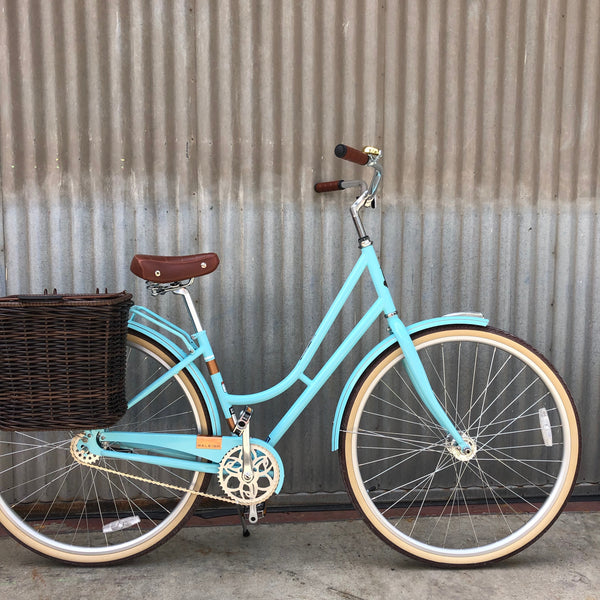 Raleigh Gala City Bike - Upright Dutch Linus Style Ride