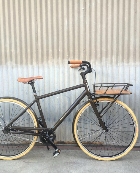 Specialized Globe Single Speed with Large Porteur Rack