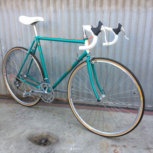 Specialzied Sirrus Road Bike from Vintage Golden Era for Specialized