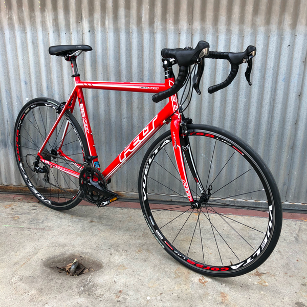 Felt F85 Entry Level 105 Equipped Race Bike