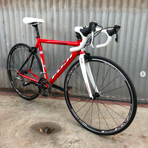 Fuji Roubaix - Clean Tiagra/105 Road Bike