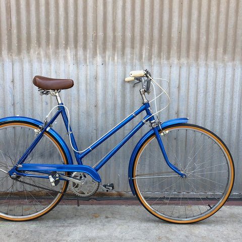 Women's City Bike Stepthrough - Classic Blue - Studio Rental