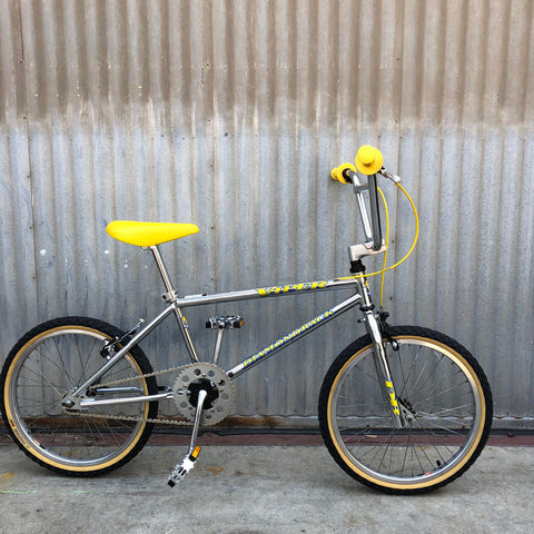 Kid's BMX - Classic Diamondback Viper Bike - Studio Rental
