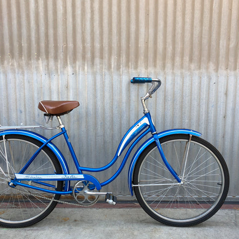 Women's Cruiser -  Schwinn Blue Cruiser - Studio Rental