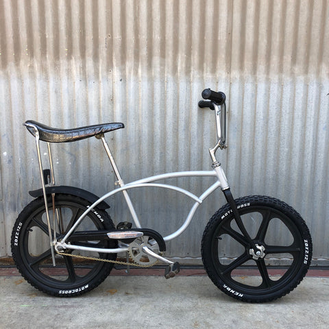 Kid's Stingray - Classic Banana Seat Schwinn Stingray - BMX Style - Studio Rental