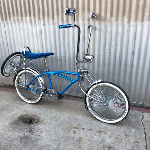 Kid's Lowrider Bicycle - Blue Stingray - Studio Rental