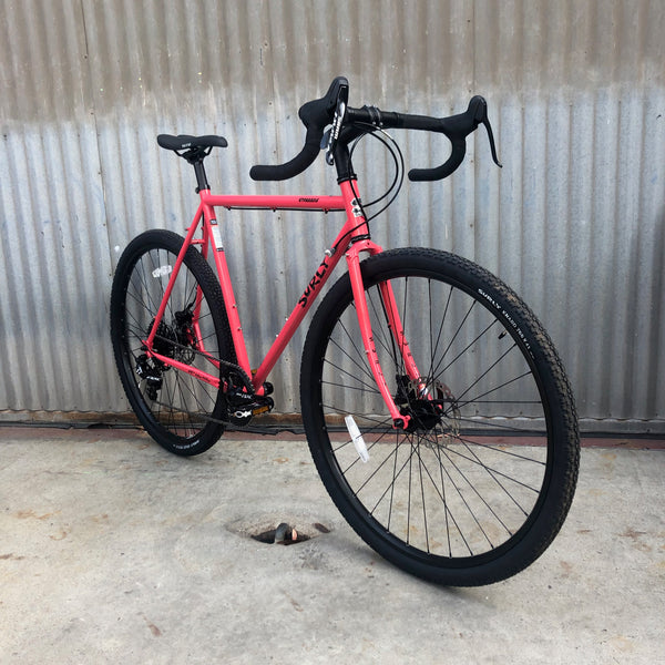 Surly Straggler - Brand New - Disc Brake - SRAM Brifter (Integrated Brake-Shifter)  - New Spec 1 x Set-Up