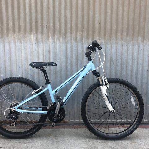 Trek Women's City / Mountain Bike - Good Campground Bike