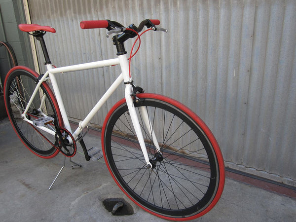 Men's Fixie - White Urban Bike