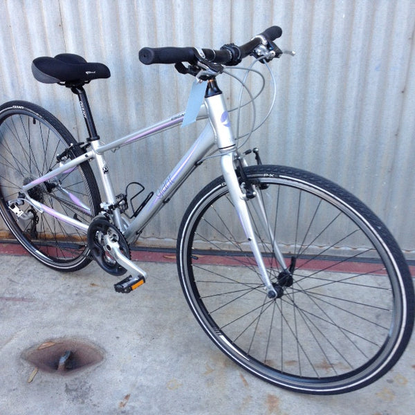 Giant Hybrid Bicycle - Used
