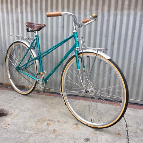 Women's City Bike Stepthrough - Peugeot French-style Mixte - Studio Rental