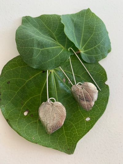 Taonga by Twilight Artist - Kawakawa earrings