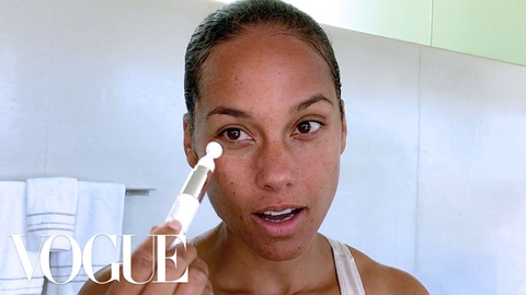 vogue, Alicia Keys, Skincare Routine, Skincare plan, Skincare, great skin, organic skincare, natural skincare, healthy glowing skin, great skin, beautiful skin, millionaire beauty, skincare goals