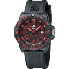 Load image into Gallery viewer, Luminox LM3065