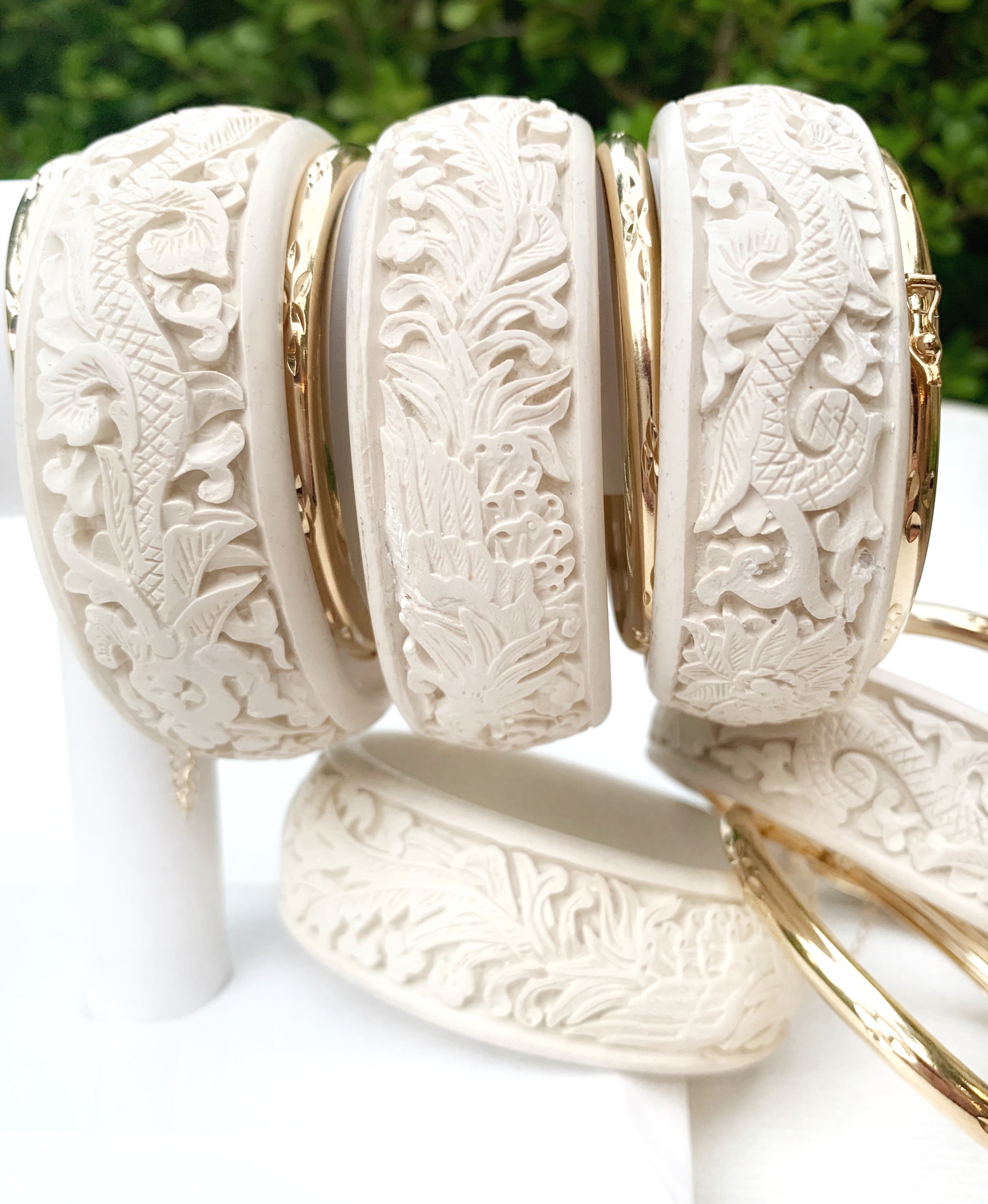 Cinnabar Bangle Bracelet - Cream