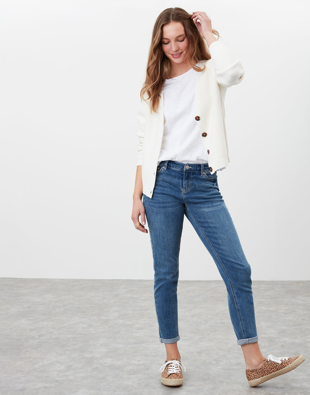 Joules Simone Girlfriend Jeans in Light Denim