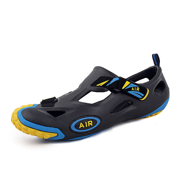 Outdoor breathable anti-slippery rubber sandals