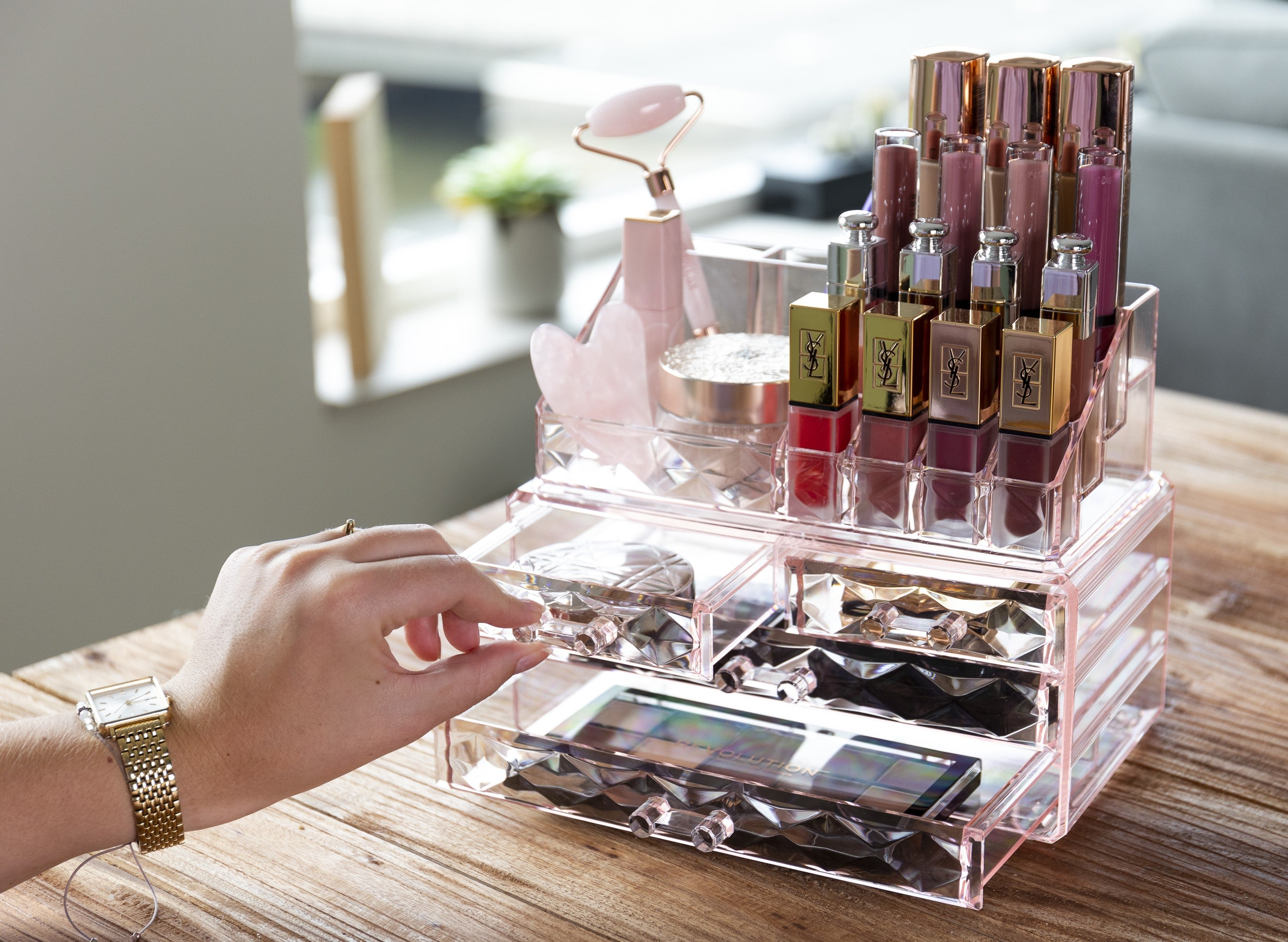 LimberLux Make-up Organizer