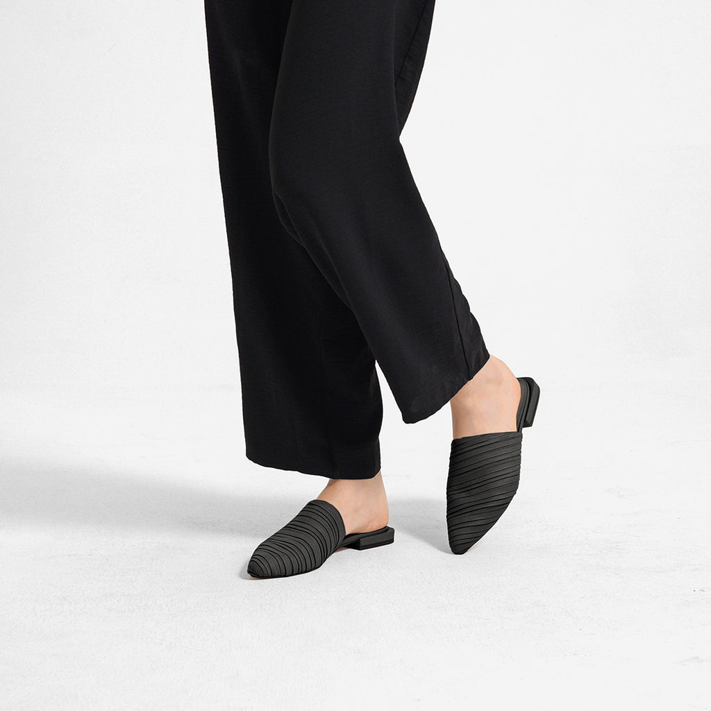 Mina Pleated Pointy Mules