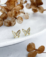 Load image into Gallery viewer, Mini butterfly earings