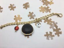Load image into Gallery viewer, Kabbalah goldfilled bracelet with charms