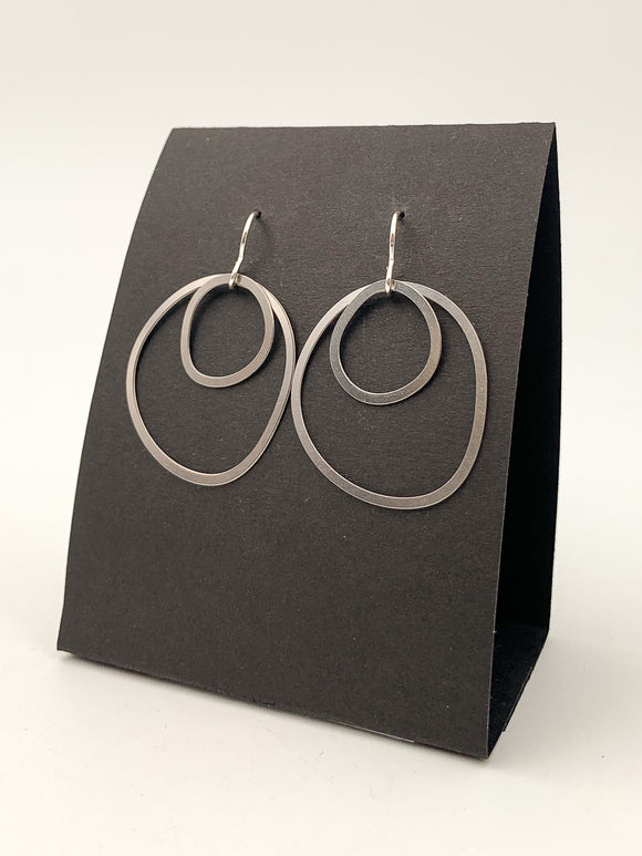 Organic Line Double-Circle Earrings by Daphne Olive
