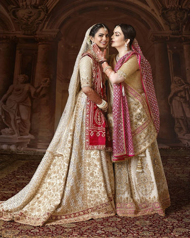 Nita and Isha Ambani in bandhani dupatta